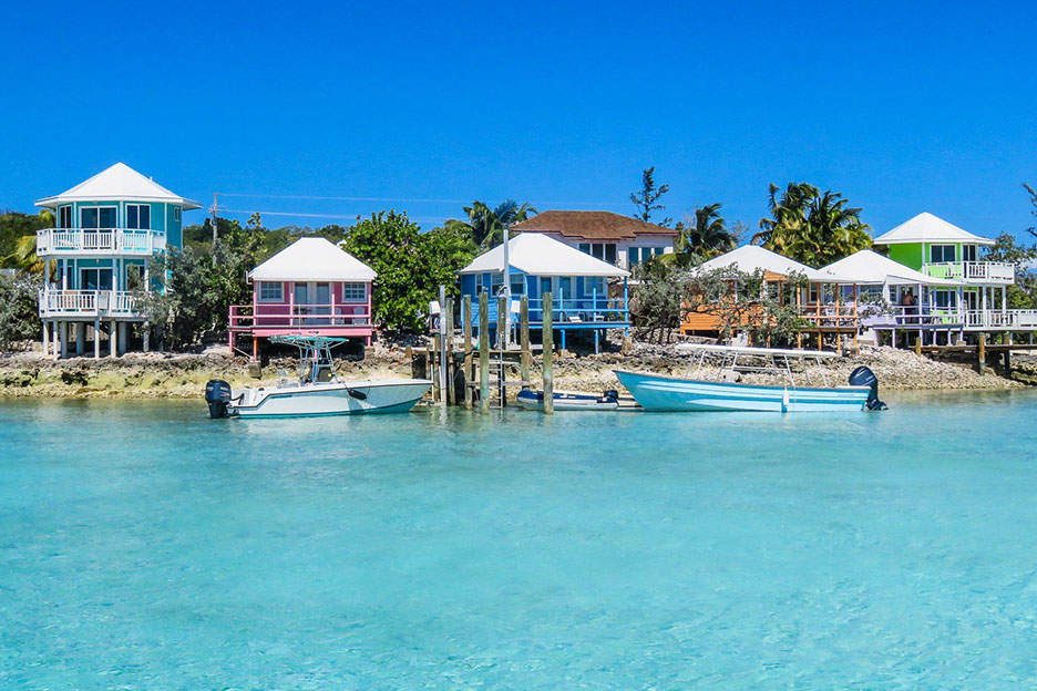 Rent your luxury private yacht to Staniel Cay Bahamas